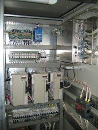 Шкаф фрезерного станка с ЧПУ после модернизации